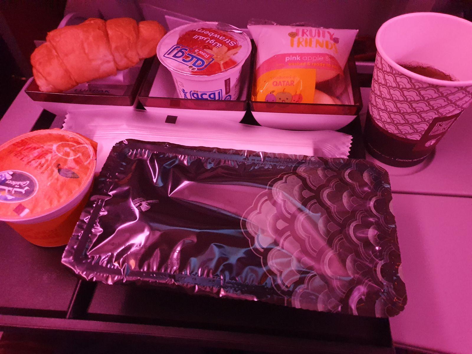 Review of Qatar Airways Economy Copenhagen to Auckland (777